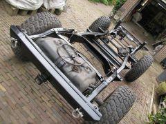 Chassis gedeeltelijk opgebouwd