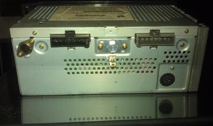 radio_2.jpg.61b5eeec43e1259d3e19d08a451fe4bb.jpg